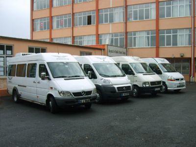 yakIþIr turizm taþImacIlIk ve otomotiv - her marka her kapasitede servis araçlarImIz ve yine her marka her kapasitede kamyonlarImIz bulunmakt