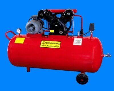 SELKARSAN KOMPRESÖR - 200lt den 2400lt ye kadar pistonlu hava kompresörü,  imalatI,  yapIlmaktadIr.     Ayrica 1800lt de