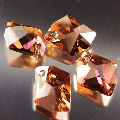 GENMAK CRYSTAL SAN VE TiC LTD - Kesme kristal Dikme taþlar ve bijuteri taþlarI,  Kesme kristal Düðmeler,  Cam Retro Reflektörler,  K
