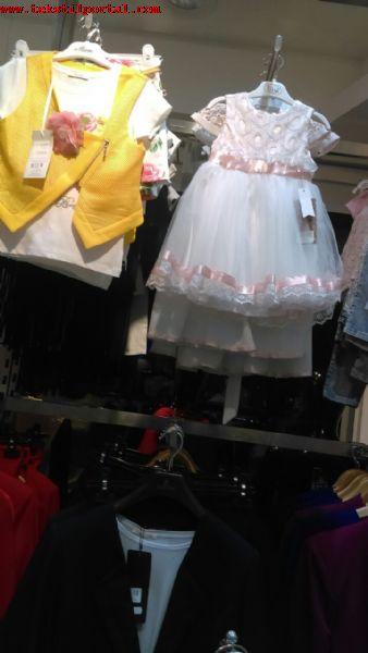 Kamerundan çocuk gıyım satın alma talebi.<br><br>Kamerundan Az toptan erkek çocuk tişörtları, erkek çocuk yazlık takım, erkek cocuk şört, kız çocuk tulum, kız çocuk etek, kız çocuk elbiseleri, kız çocuk yazlık gıyım, kız cocuk bluz, kız çocuk abiye elbiseleri az toptan satın alma talebi<br><br> Kamerunlu satın almacı, aşağıdaki örnek resimler tarzında Türkiye'den imalatçı firmalar'dan koleksiyon resim ve fiyat teklifi istiyor<br><br><br>Kız çocuk yazlık elbiseleri, kız çocuk elbiseleri, yazlık çocuk giysileri, yazlık çocuk elbiseleri, yazlık çocuk tişortları, yazlık çocuk penyeleri, Kız çocuk abiye elbiseleri, kız çock bluzları, erkek çocuk giysileri, erkek çocuk yazlık giysileri